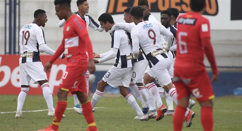 Alianza Lima igualó con Sport Huancayo en el torneo peruano. Foto: Prensa FPF