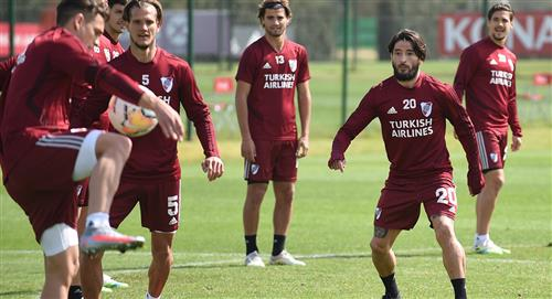 River Plate: Milton Casco vuelve a los entrenamientos y podrá volver contra Sao Paulo