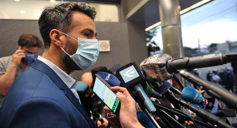Leopoldo Luque, médico personal de Diego Maradona. Foto: EFE