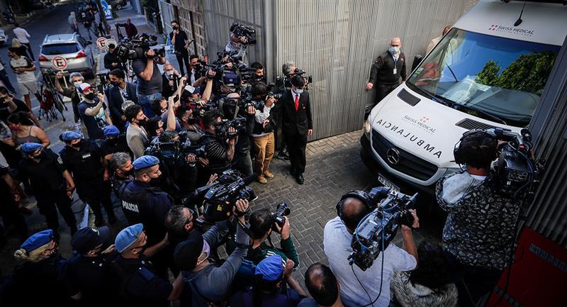 Maradona ya se encuentra en su nueva casa. Foto: EFE