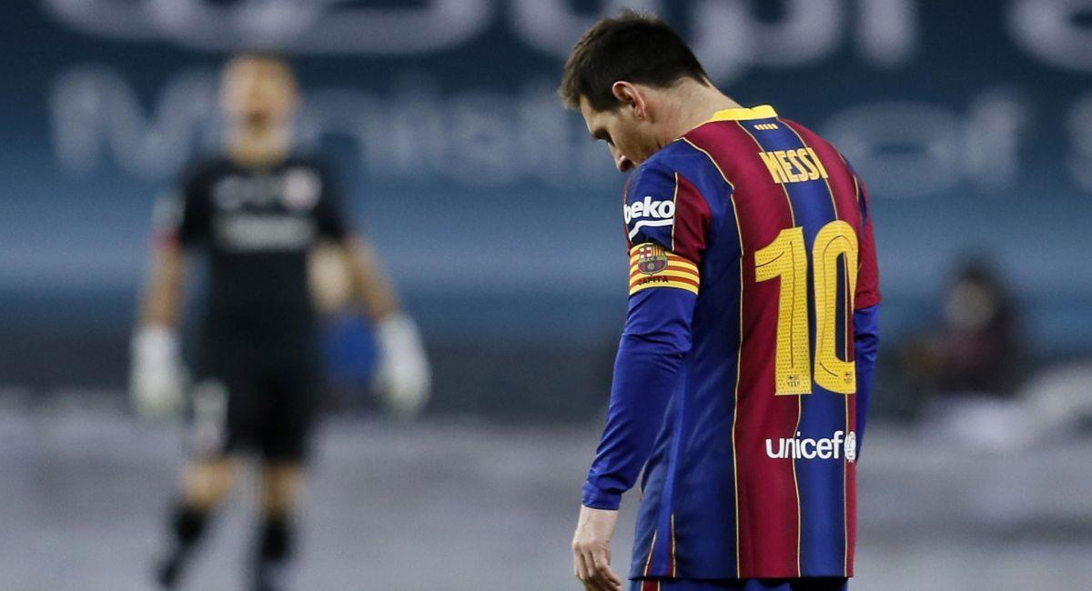 Lionel Messi vio la tarjeta roja con el Barcelona. Foto: EFE