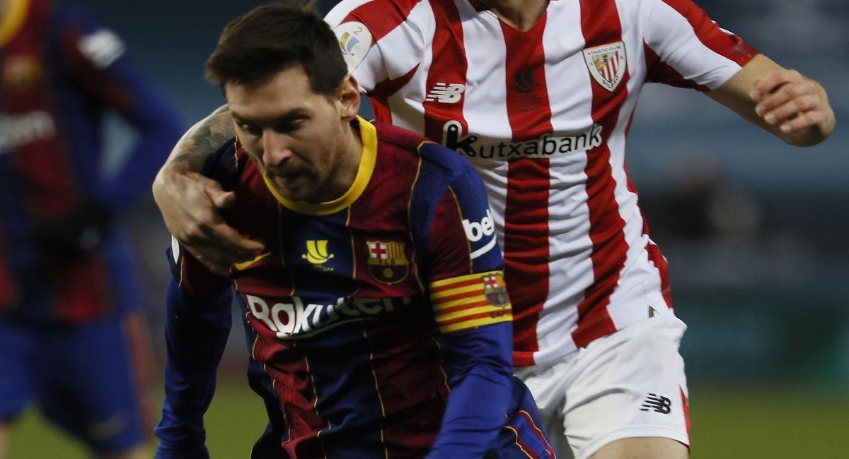 Lionel Messi sigue sin  acabar con la sequía de títulos que padece. Foto: EFE