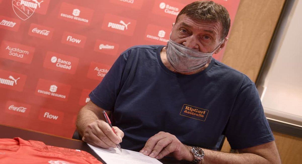 Falcioni es nuevamente entrenador de Independiente. Foto: Facebook Club Independiente
