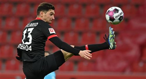 Lucas Alario y Bayer Leverkusen le pierden el paso al Bayern Munich