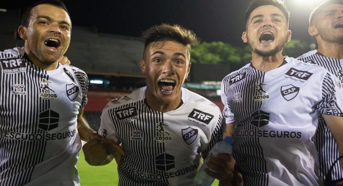 Platense chocará ante Estudiantes de Río Cuarto por el ascenso argentino. Foto: Facebook Club Platense