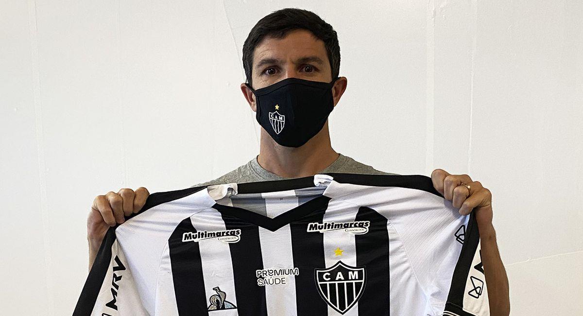 Ignacio Fernández con la camiseta del Atlético Mineiro. Foto: Facebook Club Atlético Mineiro
