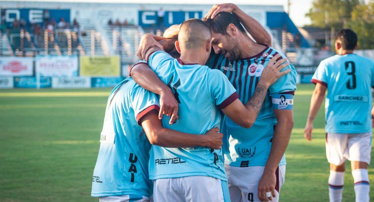 UAI Urquiza rescató punto ante el Deportivo Merlo. Foto: Facebook UAI Urquiza