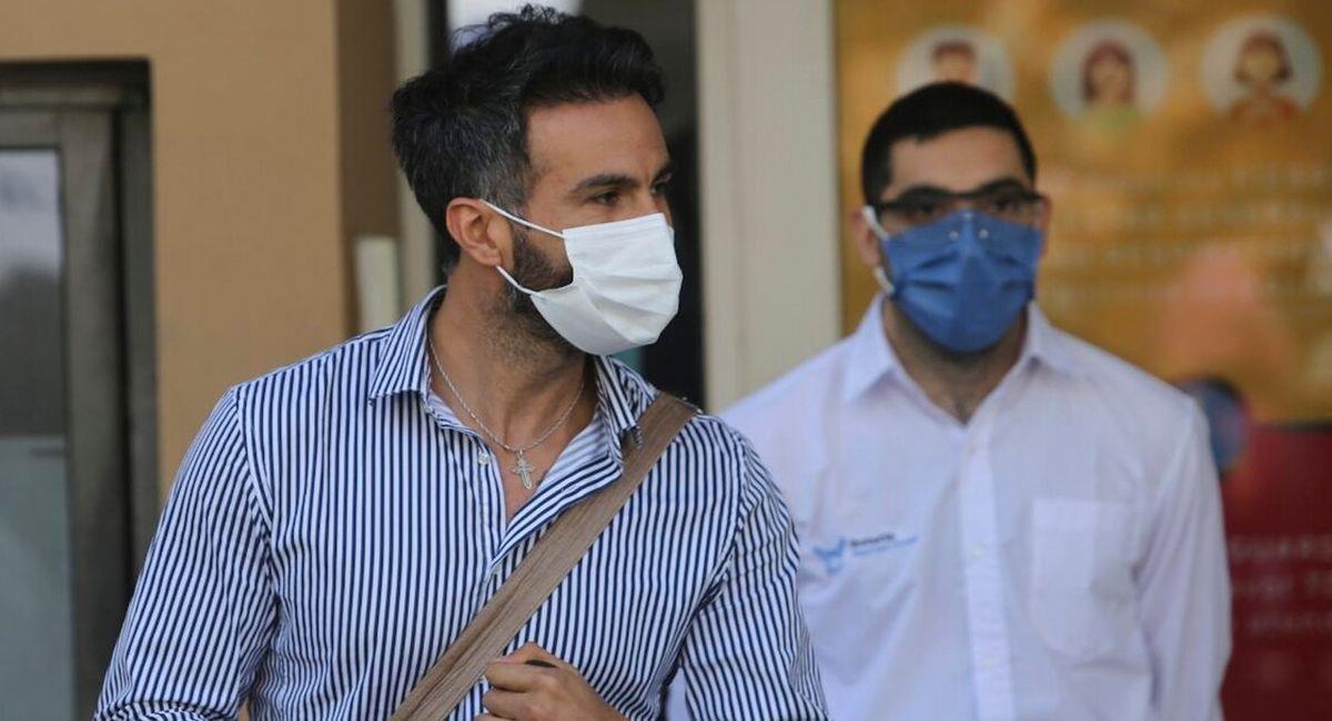 Siguen las investigaciones hacia el médico Leopoldo Luque. Foto: Twitter