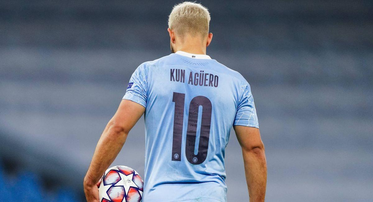 Sergio Agüero con camiseta del Manchester City. Foto: Twitter