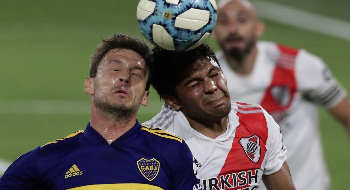 El torneo argentino sufre también por los contagios de COVID-19. Foto: EFE