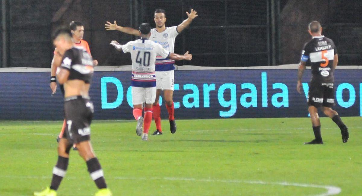 San Lorenzo celebró en campo de Platense. Foto: Twitter Liga Profesional de Argentina