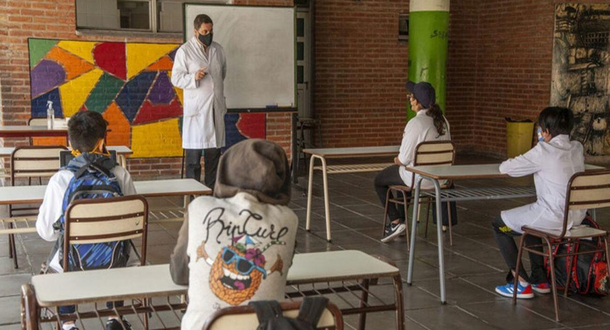 Fallo judicial hace que Buenos Aires tenga clases presenciales. Foto: Twitter