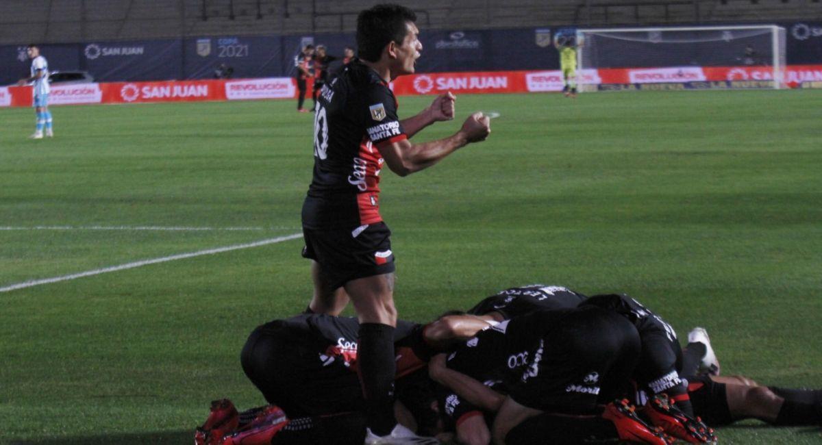 Colón de Santa Fe es el campeón de la Copa de la Liga Profesional. Foto: Twitter Liga Profesional de Argentina