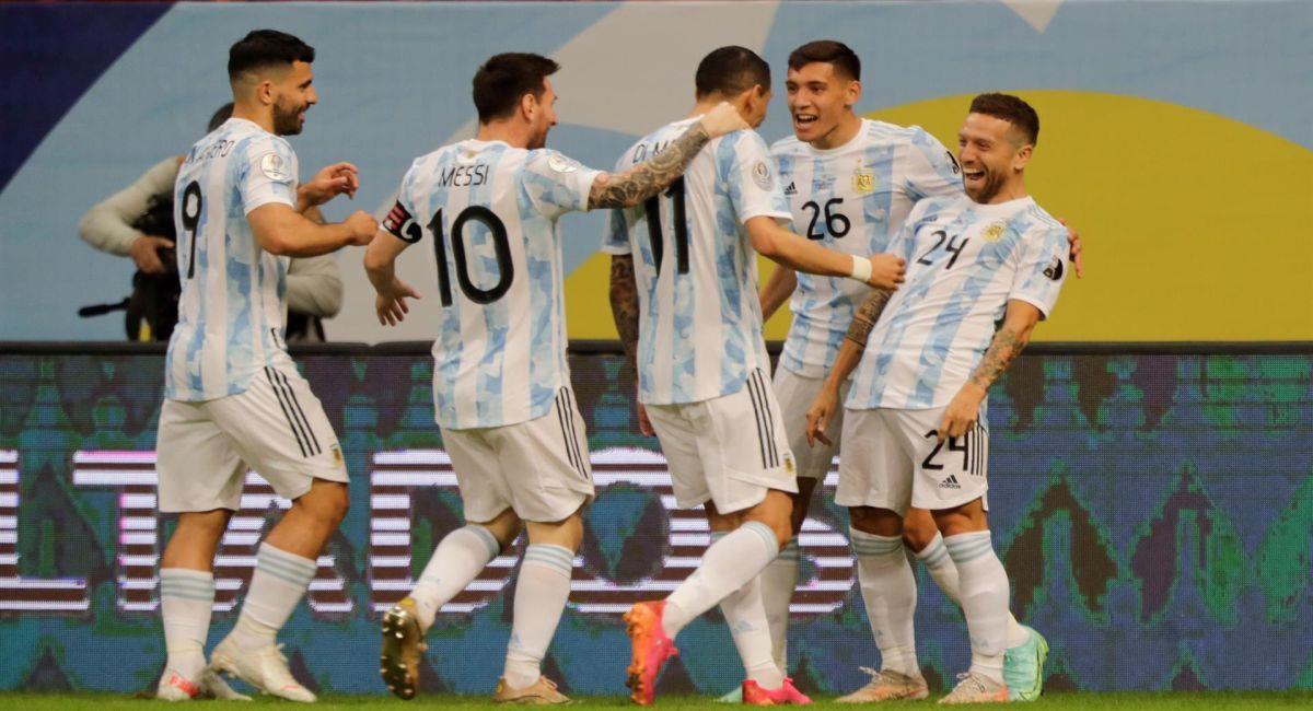 Argentina aseguró su presencia en los cuartos de final de la Copa América. Foto: EFE