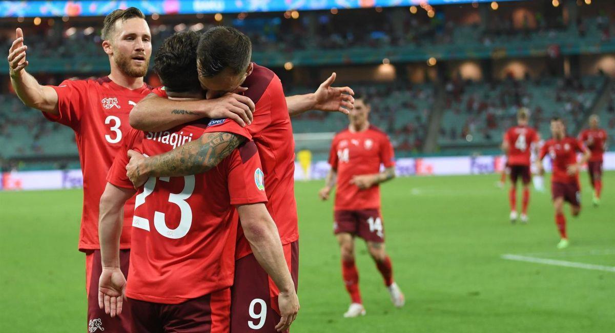 Suiza se resiste a dejar la Eurocopa y espera otros resultados. Foto: EFE