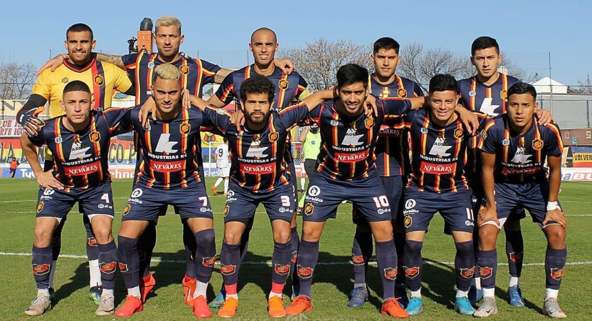 Colegiales ganó el Torneo Apertura de la Primera B Metropolitana. Foto: Facebook Club Colegiales