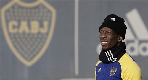 Boca contrató a Advíncula
