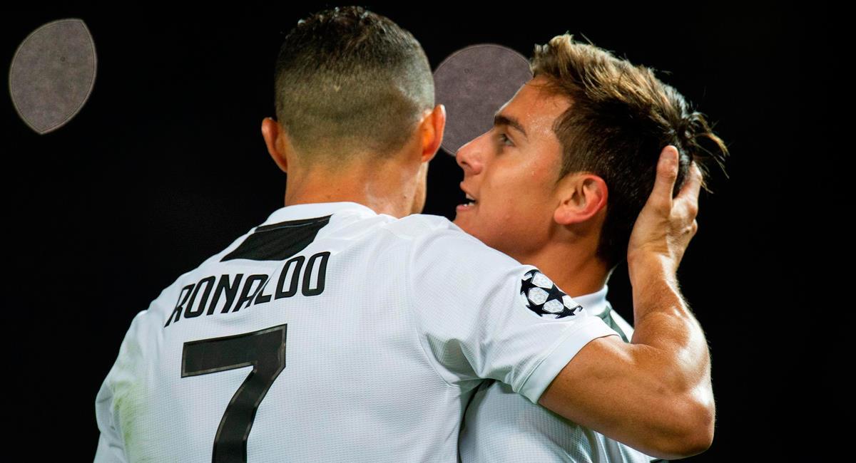 Paulo Dybala y Cristiano Ronaldo en una celebración de gol con Juventus. Foto: EFE