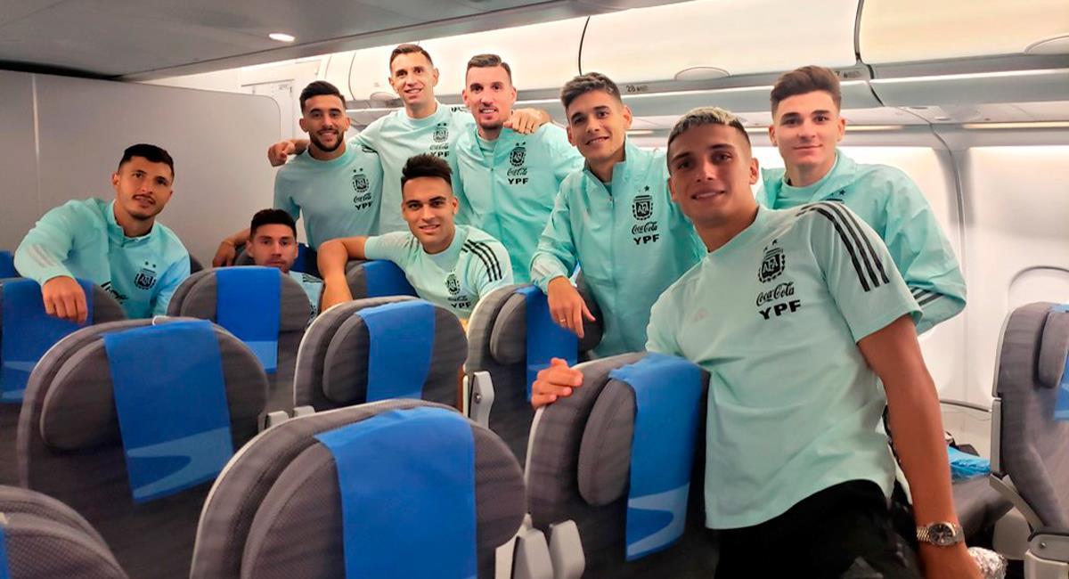 Argentina llegó al país luego de suspenderse el duelo con Brasil. Foto: Twitter @Argentina