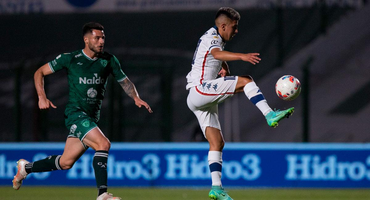 Vélez venció de visitante a Sarmiento. Foto: Twitter @Velez