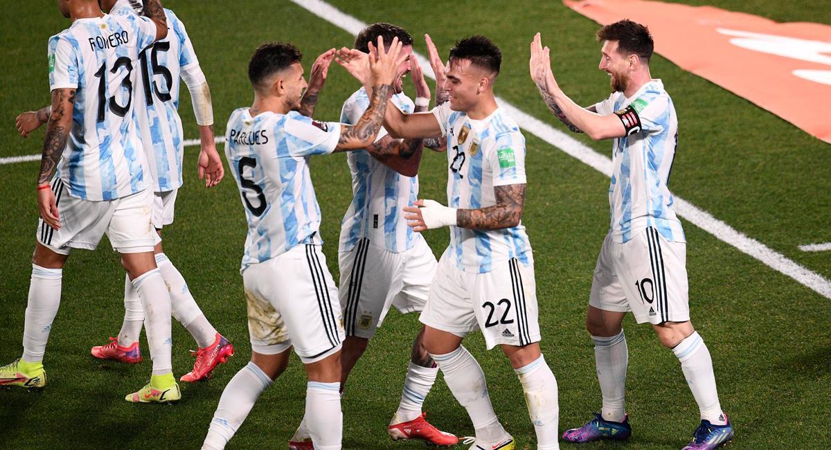 Lionel Messi abrió el camino para el triunfo de Argentina. Foto: EFE