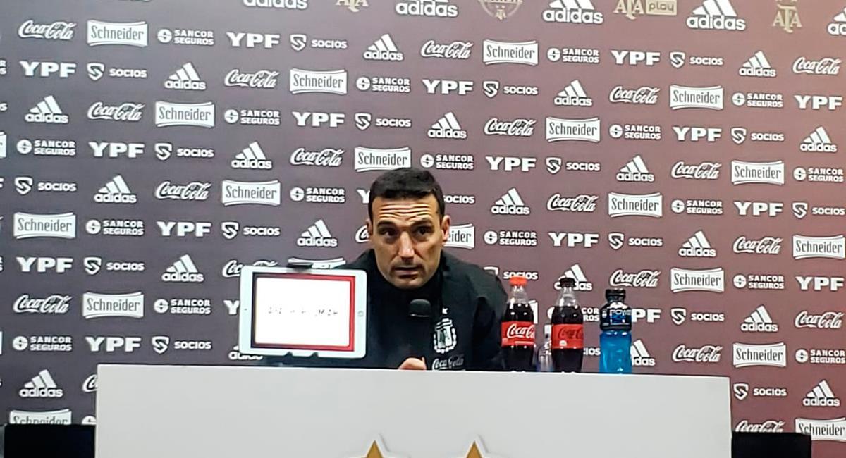 Lionel Scaloni declaró en conferencia de prensa tras victoria de la Argentina. Foto: Twitter @Argentina